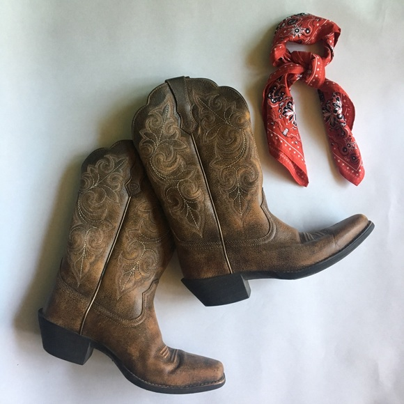 6d92a1a895b Ariat Women's Round Up Square Toe Western Boot
